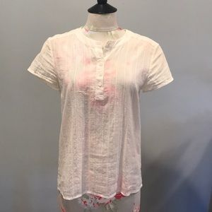 Soft eyelit APC linen blouse with buttons